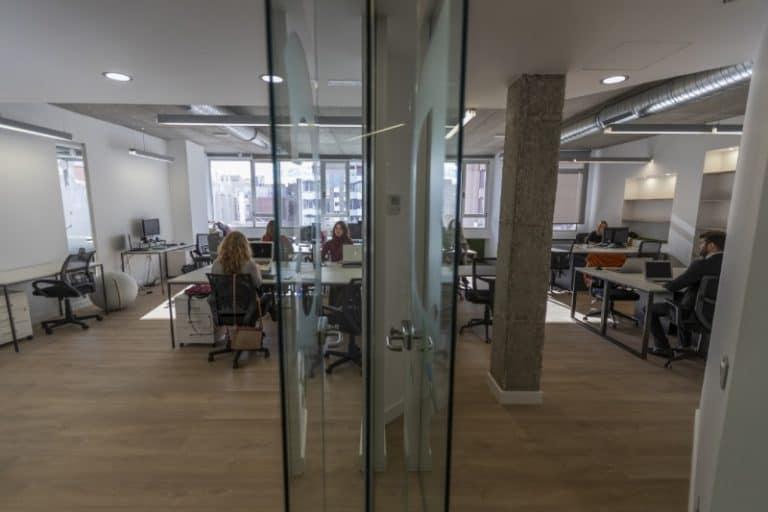 puestos flexibles coworking